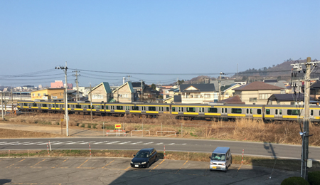yellow-train